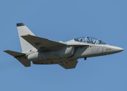 M346FT-420x300 Leonardo-Finmeccanica presenta al Farnborough Air Show il nuovo M-346FT