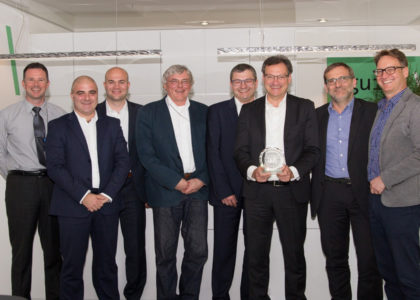 "Avnet-Silica_On-Semiconductor-Award-1-420x300 Avnet Silica è il ""Distributore dell'anno 2017"" di ON Semiconductor"